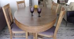 פינות אוכל שולחן וכסאות אובלי אלון מבוקע