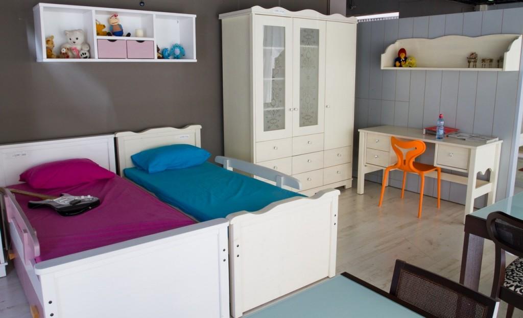 חדרי נוער בחיפה